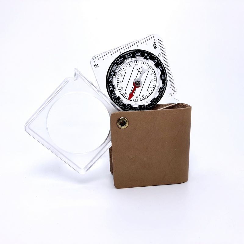 Tasco Kompas sa povećalom