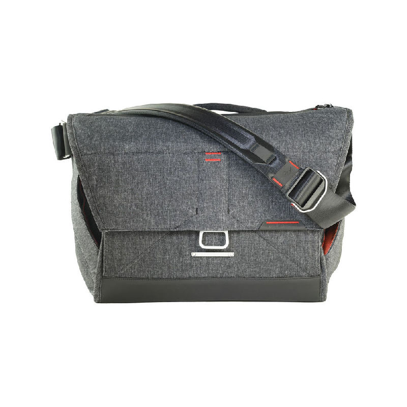 "Peak Design Everyday Messenger 15"" Charcoal"